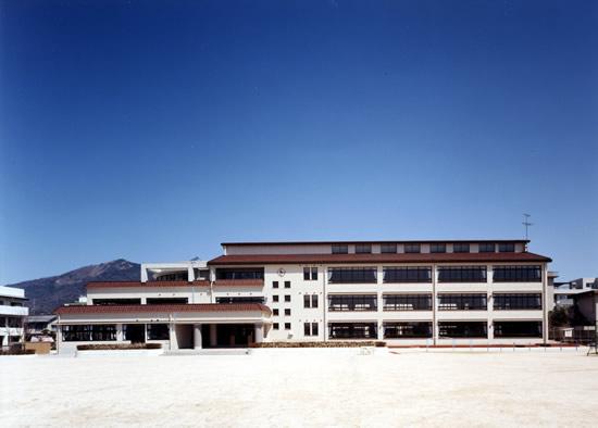 阿賀小学校