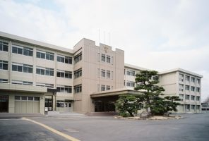 広島商業高等学校本館棟改築